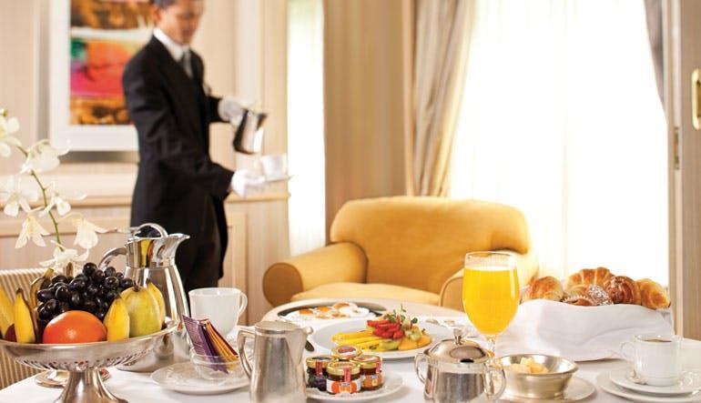 cruise service room silversea