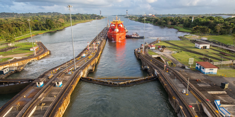 panama canal locks best cruise month september