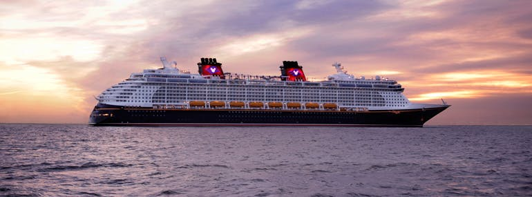 Which song is NOT played by the horns of Disney Cruise Line's newest ship <i>Disney Dream</i>?