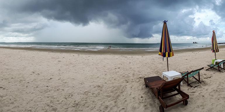 rainy day cruise ship beach