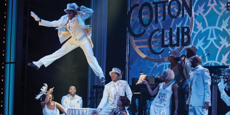 norwegian cruise entertainment show after midnight