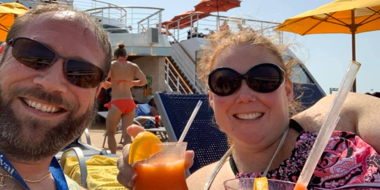 pool deck drinks cocktails cruise ship