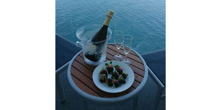 symphony of the seas balcony treats