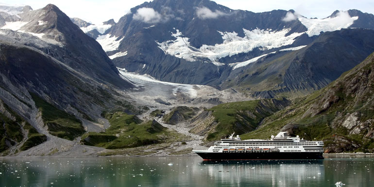 crowded cruise ships holland america line