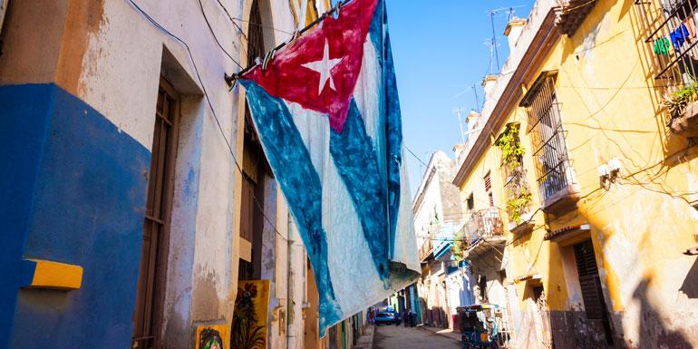cuba cruise havana flag