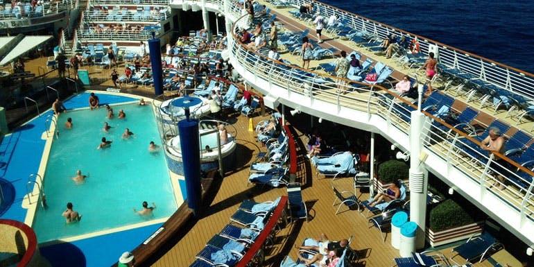 deck chair hogs cruisers insane cruise