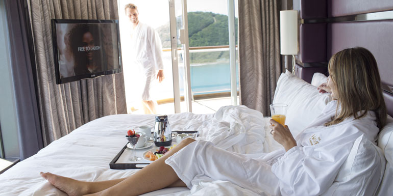 couple room service cruise ncl haven