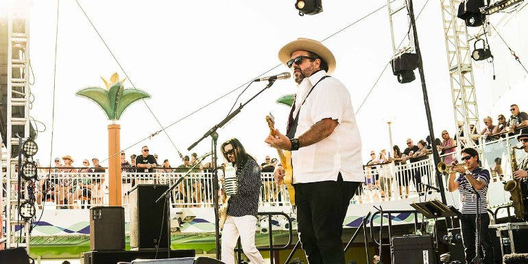 outlaw country music cruise theme band