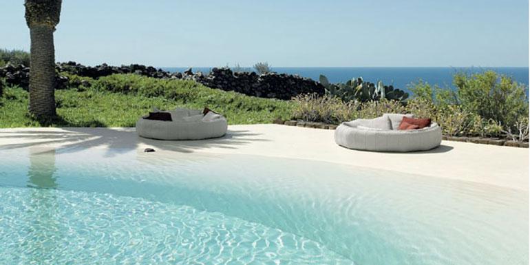 beach pool cruise ship