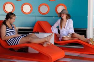 multi generational family cruise teens pool