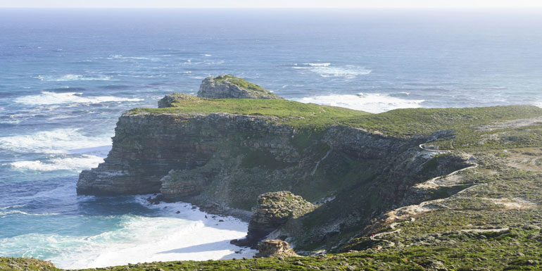 rough seas water waves cruise avoid