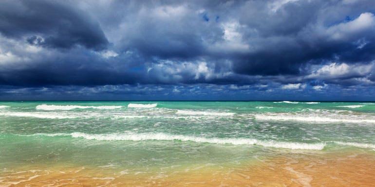 caribbean cruise rough water hurricane avoid