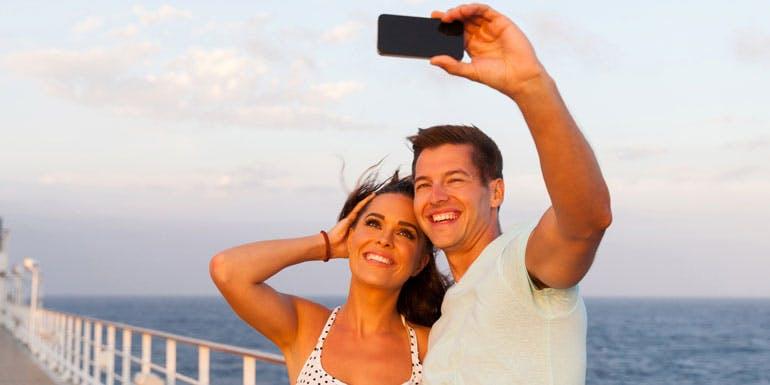 cruise selfie save money