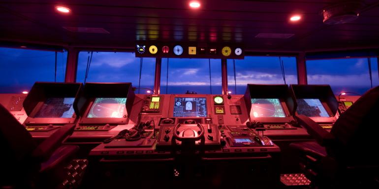 cruise ship navigational bridge technical system