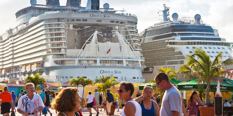 crowed cruise ship port bad review