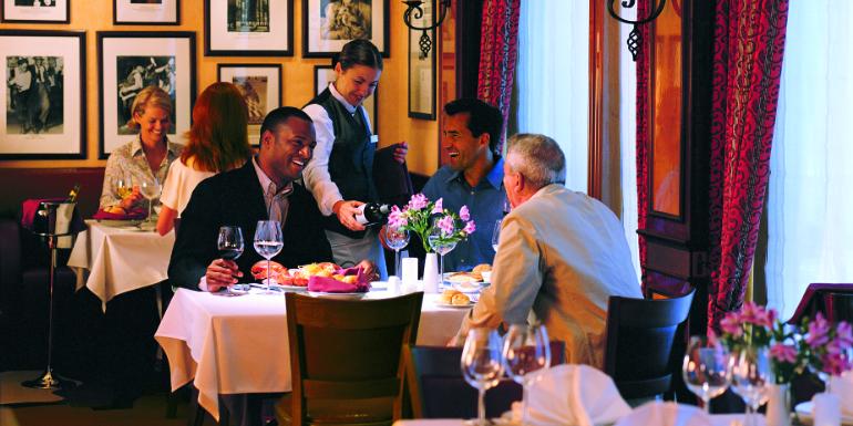 norwegian cruise cagney's restaurant worst forget