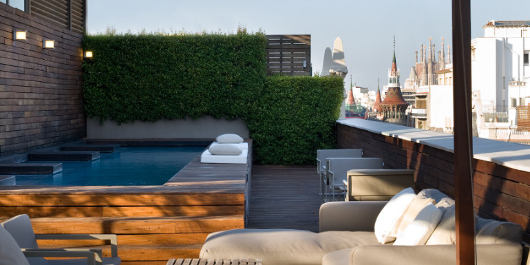 barcelona spain hotel omm cruise port