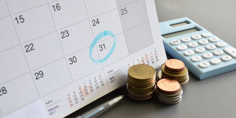cruise line payment plan saving money
