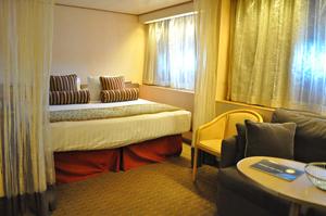 hal ms veendam ocean cabin review
