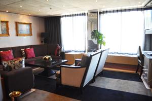 hal ms veendam pinnacle cabin review