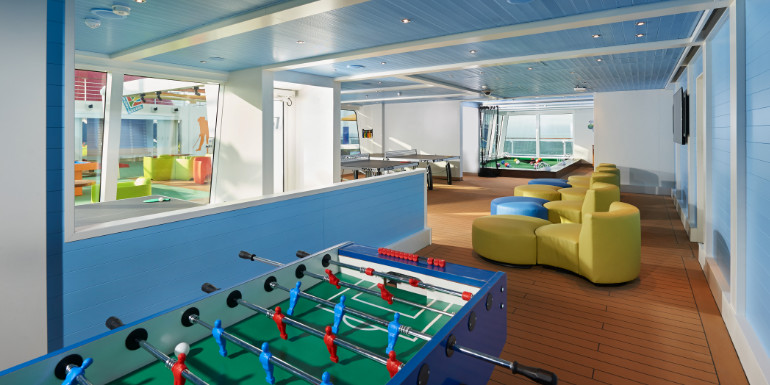 carnival horizon cruise ship sportsquare clubhouse