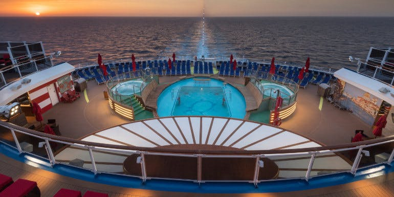 carnival horizon aft pool design ship
