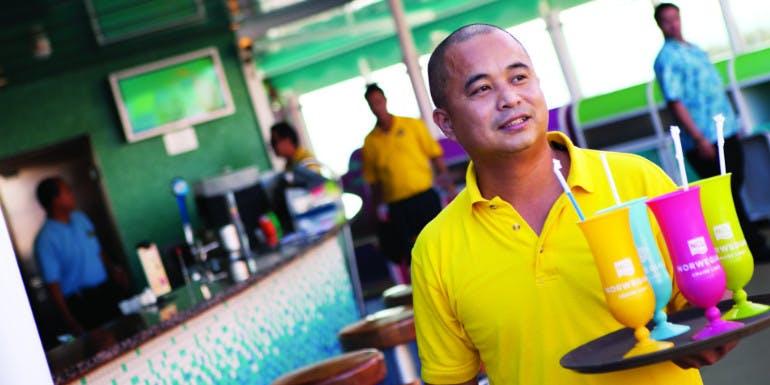 norwegian cruise service staff gratuities tipping