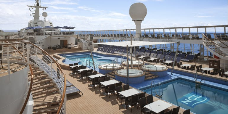 norwegian sky cruise lido pool deck